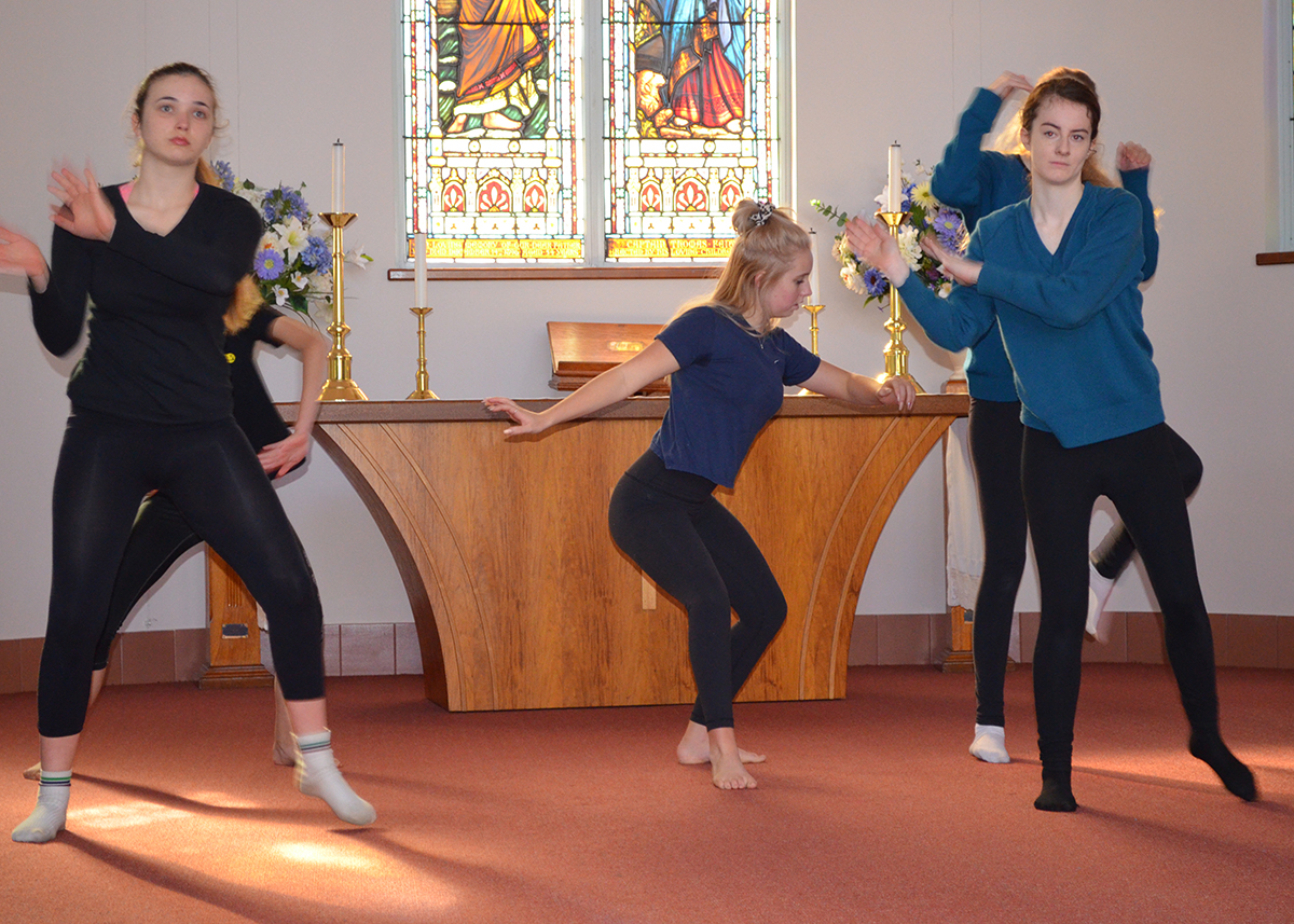 Chapel senior dancers